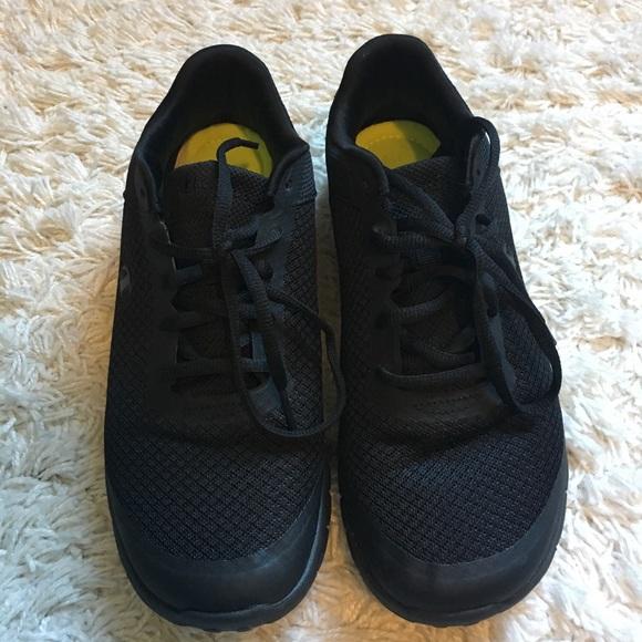 Womens Black Memory Foam Sneakers